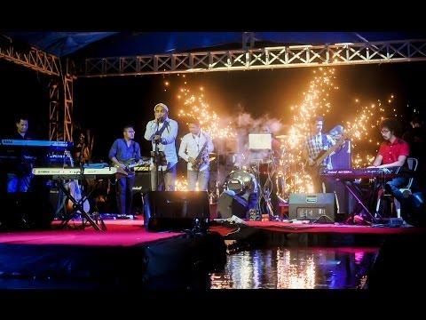 Glenn Fredly Concert at Beer & Barrel Kupang