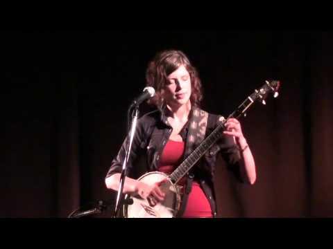 Leela Grace - Live at Artichoke Music
