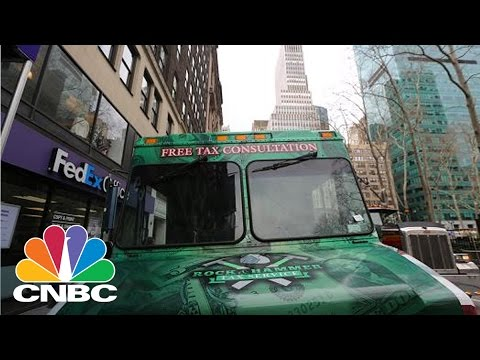'Tax Truck' Offers Free Advice For Tax Day | CNBC