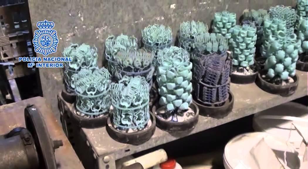 ba392cef2766 Registros de la Policía Nacional en talleres de joyería de Córdoba ...