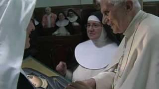 Benedicto XVI visita monasterio de monjas de clausura