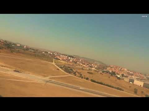Vueling take off Lissabon Airport