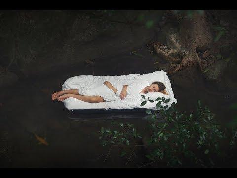 Если покойник - ваш знакомый или родственник, значение сна относится к тому человеку, которого вы видели умершим.