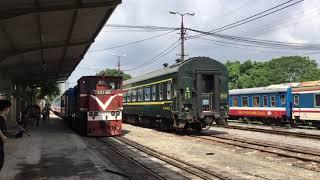 2019.7.27(土)9:37 ハイフォン行LP3列車 (ザーラム駅入線風景)