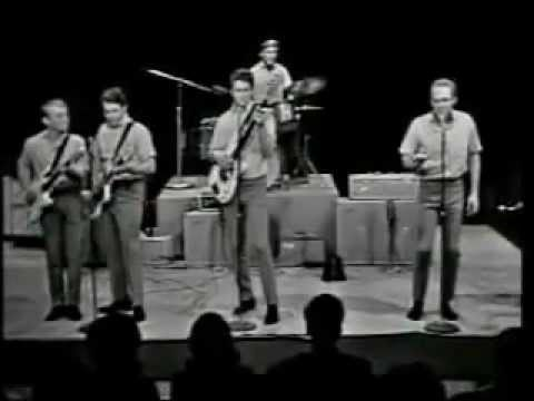 The Beach Boys - Surfin' USA [1963!]