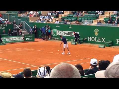 Novak Djokovic vs Giles Simon second round 2017 Monte Carlo Rolex Masters (2)
