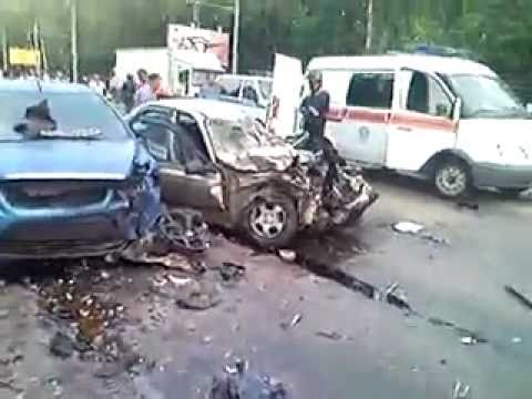 Bmw X6 Crash 7 Cars Total Loss Youtube