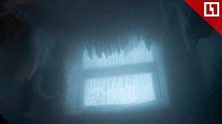 Подъезд - ледяная пещера