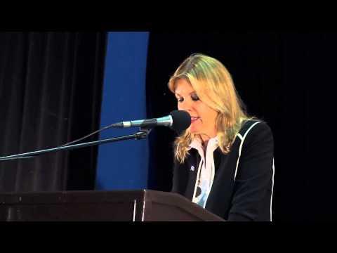 Panel y Feria en conmemoración del Día Mundial de la Población y Día Mundial Humanitario
