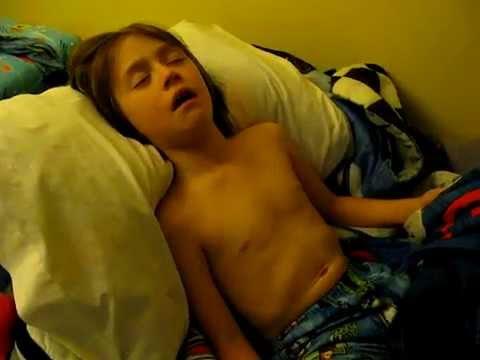 นอนกรนในเด็ก ต่อมอะดีนอยด์โต  Adenoid hypertrophy