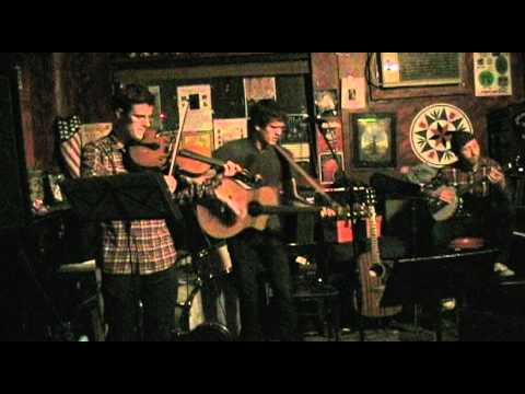Christopher Black - Life Goes On (Live @ Banjo Jim...