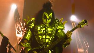 KISS (LIVE) HOTTER THAN HELL Gene Blows Fire from CAMDEN NJ 08/03/14