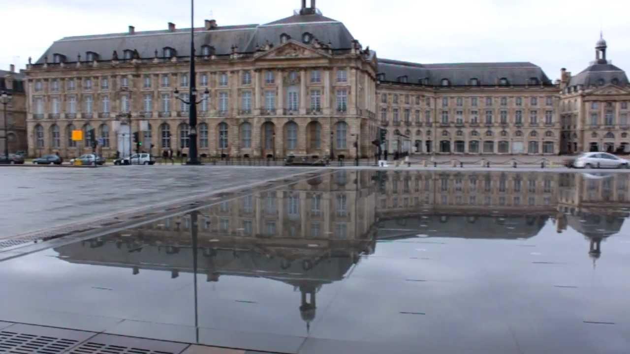 Bordeaux miroir d 39 eau youtube for Miroir d eau bordeaux