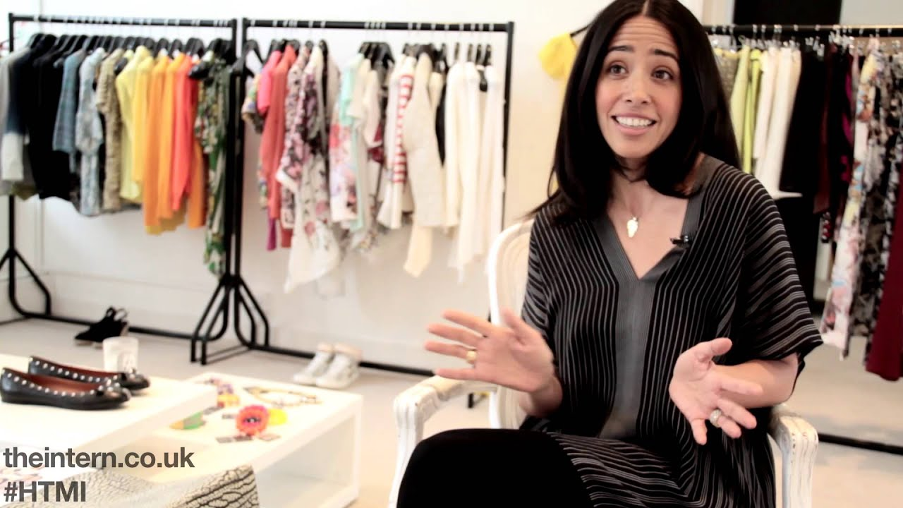 fc08b9fad14ab HOW TO MAKE IT - Fashion Buyer (Extra Tips - Carmen Borgonovo