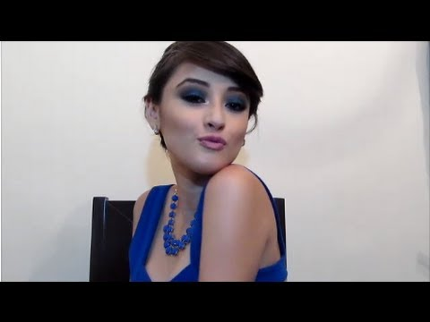Como maquillarse para un vestido azul rey