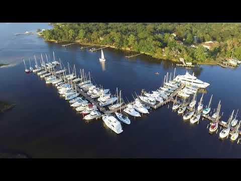 Bluewater Bay Marina Wednesday Night Fun Race 9-27-17 Part 1