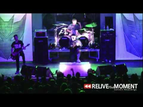 2011.07.28 Emmure - 4 Poisons 3 Words (Live in Chicago, IL)