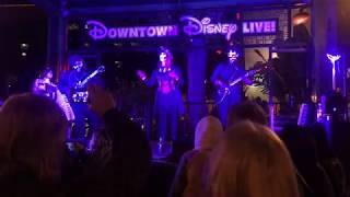 SPG,  A Marshmallow World - Live: Downtown Disney