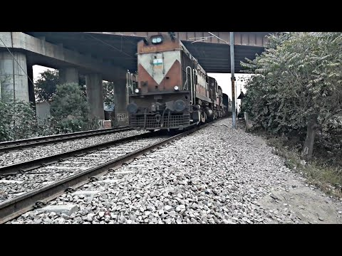 Allahabad Jaipur Express powered by Three Locos furious crossing