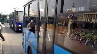100 éves busz felvonulás