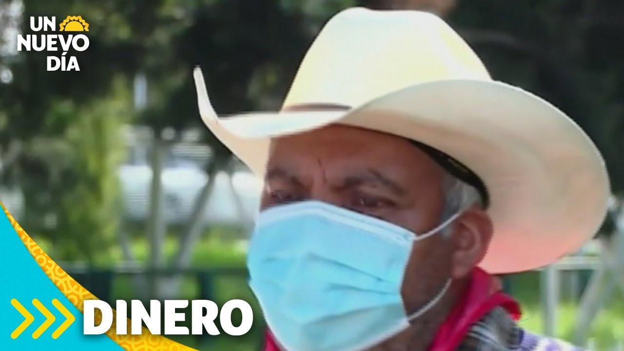 Agricultor mexicano recibe cuenta de US$50,000 por gastos de COVID-19 | Un Nuevo Día | Telemundo
