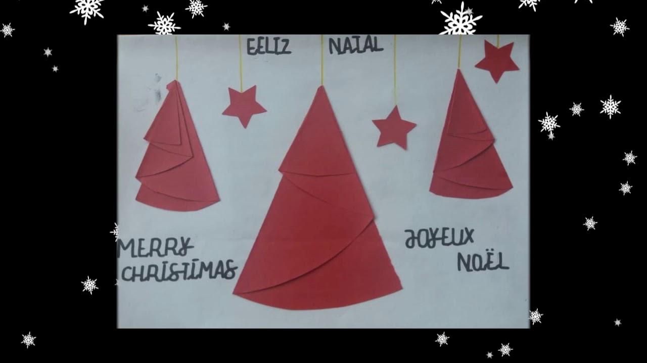 Couronnes et cartes postales de Noël