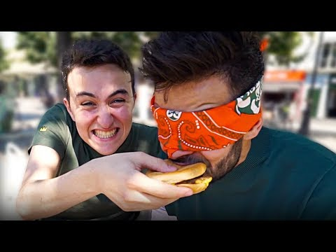 BLIND FOOD TEST (Deviner les yeux bandés feat. HUGOPOSAY)