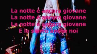 Nicki Minaj -The Night Is Still Young TRADUZIONE Ita
