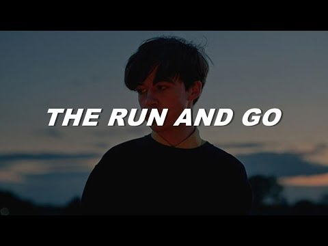 twenty one pilots - the run and go (lyrics)