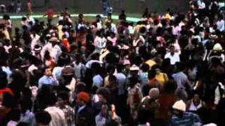 WATTSTAX - 1972 - Rufus Thomas - Do The Funky Chicken.mp4