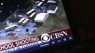 KY SCHOOL SHOOT'N, HOW'D A HAND GUN SHOOT 19 PPL???