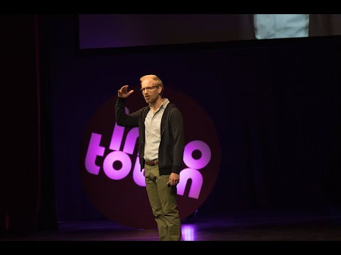 Rutger Bregman . Utopia for Realists- The Case for a Universal Basic Income