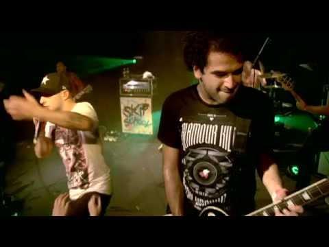 Hit The Lights - Vultures Don't Eat Vans LIVE SHOW [DvdRip] (Pt. 1)