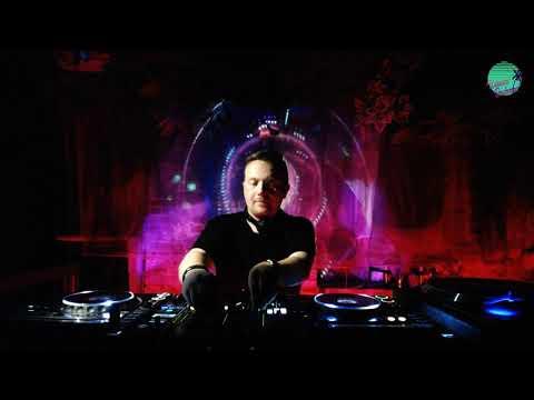 Larix DJ set / Warsaw Boulevard 019-3