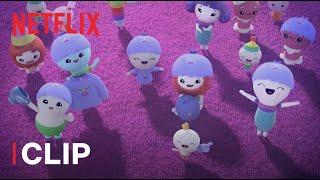 Vera e il Regno dell'arcobaleno 😍 Un nuovo yeti sta per nascere   Netflix Jr