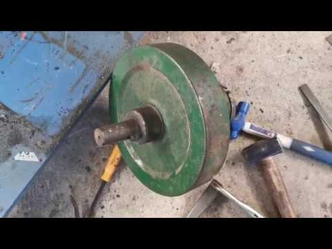 Lister D 1952 - First Start up and Run from YouTube · Duration:  4 minutes 40 seconds