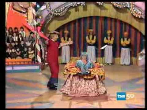 Los Payasos de la Tele - El Gran Circo de TVE - Un Primo; Un timo
