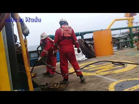 ANCHOR HANDLING 1059 Proses Menggulung Wire Di Anchor Winch