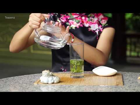How to Steep Longjing Tea (Dragon Well Green Tea) In Glass