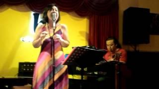 hát theo người đi trên phố- cát bụi jazz- hát coffee&more