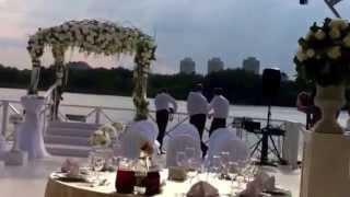 Оформление свадьбы цветами(, 2015-08-16T20:44:24.000Z)