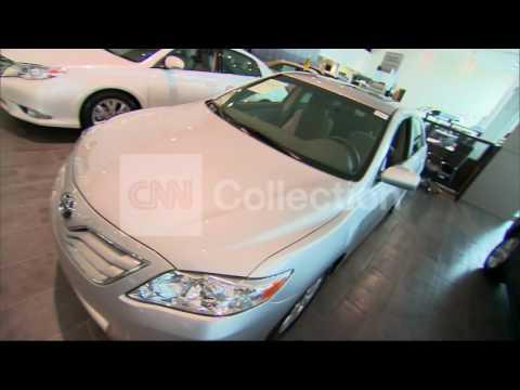 FILE:NOVEMBER CAR SALES REBOUND AFTER SANDY
