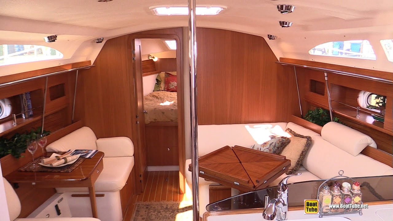 2015 Catalina 355 Sailing Yacht Deck And Interior