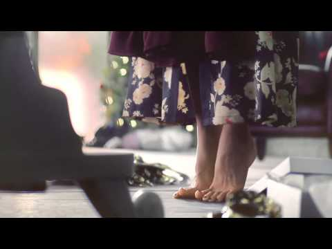 Marks and Spencer (M&S) - Christmas TV Advert 2011 (Featuring The X Factor Finalists)