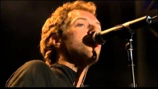 Coldplay - Yellow (live at Glastonbury Festival 2005)