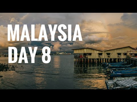 MALAYSIA // Day 8 // Our Last Day in Penang: The Camera Museum, Ear Candling, & New Lane Foodstall