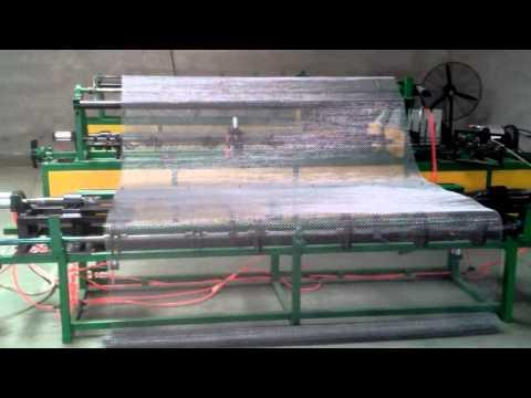 Máy dệt lưới thép ( mesh size 10 x 10)  Vui lòng liên hệ: 0974702718
