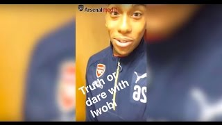 Alex Iwobi takes over Arsenal Snapchat