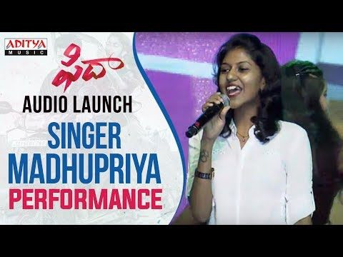 Singer Madhu Priya Vachinde Song Performance At Fidaa Audio Launch  Varun Tej, Sai Pallavi