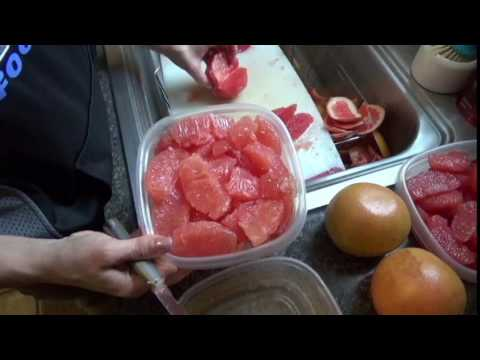 How to EASILY peel and segment grapefruit